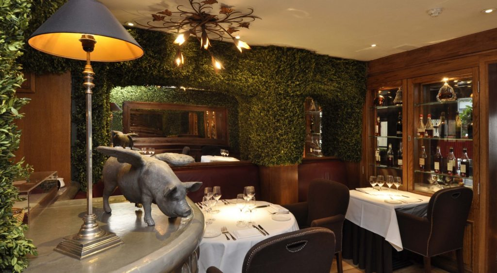 Clos Maggiore Flying Pig